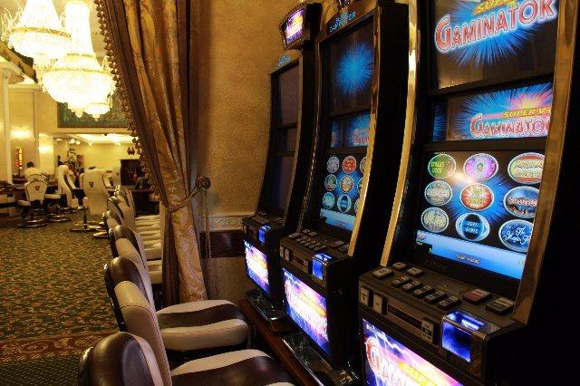 Играйте в отличные игровые слоты от Rox Casino